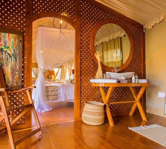ehlane-plains-camp-gallery-nasikia-camps-game-drives-tours-tanzania-safaris-africa-room
